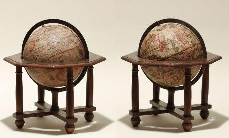 Globes, Seutter, Pair of Table Globes, 1710: Globus Terrestris juxta recentissimas ob.servatio. et navigationes peritissimor Geograph. accuratissime delineat, cura et...