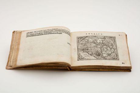 Atlases, Ortelius, Ortelius-Hulsius Pocket Atlas, 1604: Ausszug auss des Abrahami Ortelij Theatro Orbis teutsch beschriben durch Levinum Hulsium, Francfort am Main. M.DC.IIII
